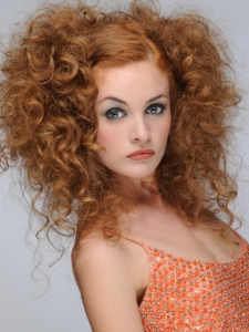 Flirty Big Curls Hairstyle