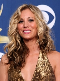 Kaley Cuoco Hairstyle at the 2009 Emmy Awards