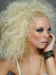 Big Curly Blonde Hair Style