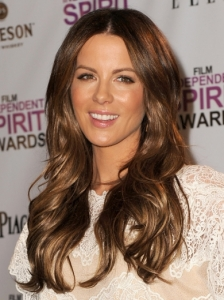 Kate Beckinsale Wavy Hairstyle