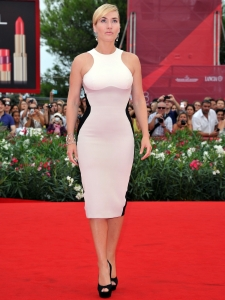 Kate Winslet in Stella McCartney Sheath Dress