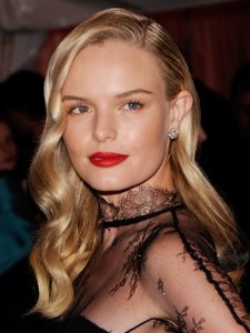 Kate Bosworth 40s Inspired Hairstyle