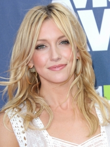 Katie Cassidy Wavy Hairstyle 2011 MTV Movie Awards