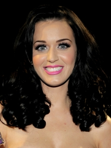 Katy Perry Bouncy Curls Hairstyle