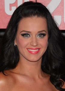 Katy Perry Silver Eye Makeup