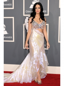 Katy Perry in Giorgio Armani Prive