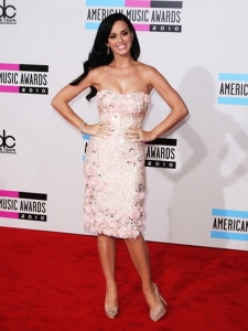 Katy Perry in Badgley Mischka