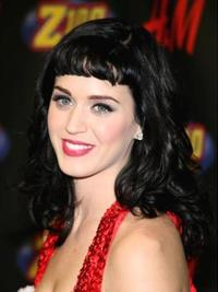 Katy Perry Wavy Hairstyle with Baby Bangs