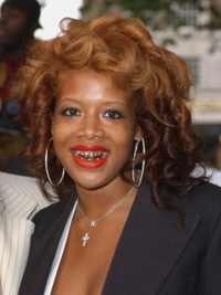 Kelis with Big Curly Hairstyle