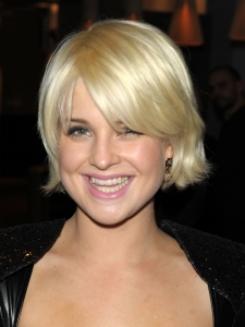 Kelly Osborne Blonde Bob Hairstyle