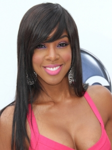 Kelly Rowland Long Layered Hairstyle
