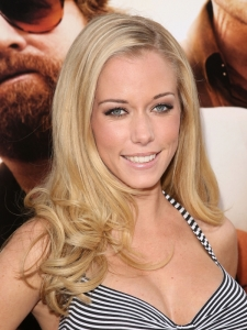 Kendra Wilkinson Curly Ends Hairstyle