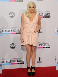 Ke$ha in Pink Dress at the 2012 AMAs
