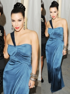 Kim Kardashian in Vera Wang Blue Gown