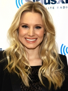 Kristen Bell Barrel Waves Hairstyle