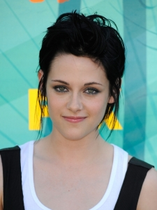 Kristen Stewart Hairstyle at Teen Choice Awards 2009
