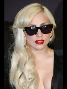 Lady Gaga Long Wavy Hairstyle