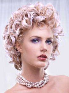 Glam Curly Medium Hair Style