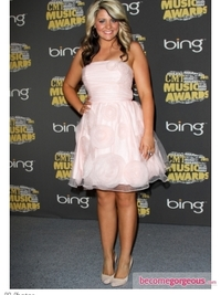 Lauren Alaina in Pink  Strapless Dress