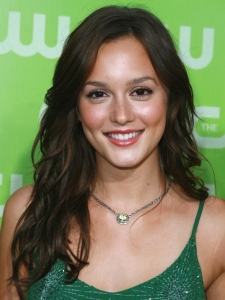 Leighton Meester with Tousled Wavy Hairstyle
