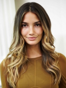 Lily Aldridge Casual Waves