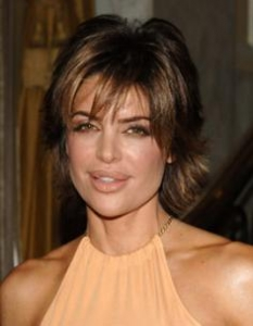 Lisa Rinna Razored Haircut