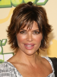Lisa Rinna's Layered Stacked Hairstyle