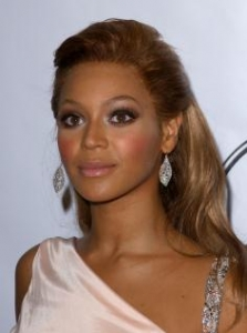 Beyonce with Half Updo