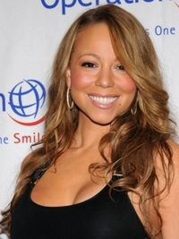Mariah Carey's Beach Waves Hairstyle