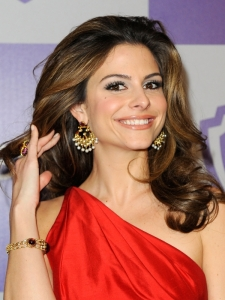 Maria Menounos Full Curls Hairstyle
