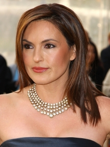 Mariska Hargitay's Long Straight Hairstyle
