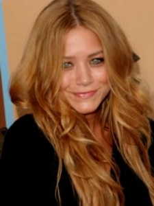 Mary-Kate Olsen Long Dark Blonde Hairstyle
