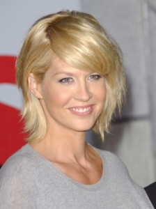 Jenna Elfman Medium Shag Hairstyle