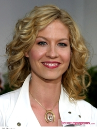 Jenna Elfman Medium Curly Hairstyle