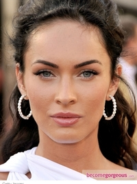 Megan Fox Soft Minimal Makeup