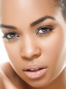 Flirty Barely There Makeup Idea