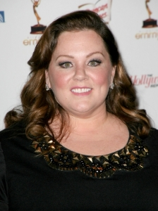 Melissa McCarthy Retro Curls Hairstyle