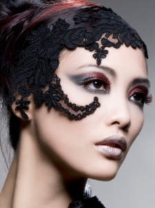 Party Goth Makeup Idea
