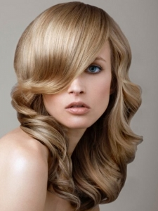 Long Glossy Curls Hair Style