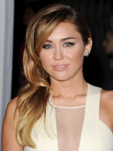 Miley Cyrus Side Swept Hairstyle