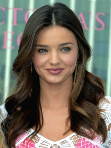 Miranda Kerr's Center Parted Loose Curls
