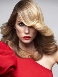 Fabulous Retro Chic Long Hairstyle