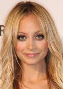 Nicole Richie Glam Bronze Eye Makeup