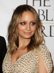 Nicole Richie Shoulder-Length Hairstyle