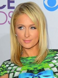 Paris Hilton's Hairstyle at 2013 People's Choice Awards