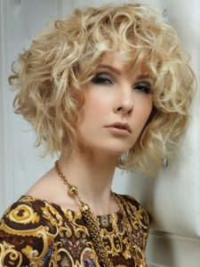 Chic Medium Curly Haircut