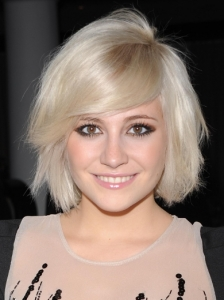Pixie Lott Side Swept Bob Hairstyle