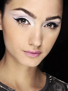 Statement Lavender Eye Makeup