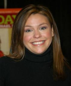 Rachel Ray's Sleek Hairstyle