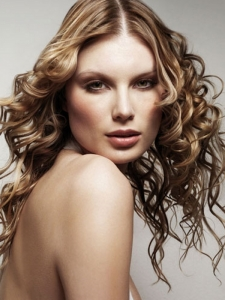 Long Curly Hair Style